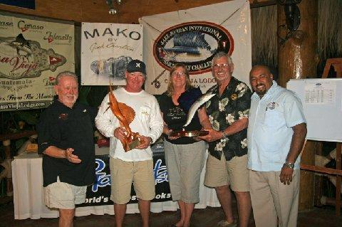 Third Place Team, Makaira, (L to R) Jake Jordan, Captain Jason Brice, Sharon Maybee, George Maybee, Antonio Valdez