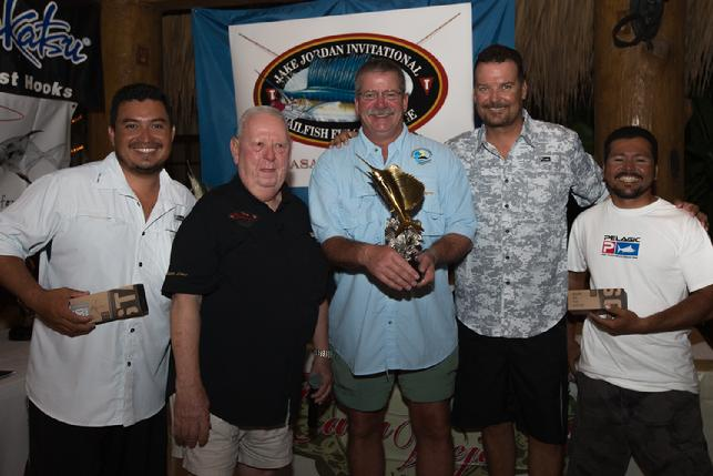 2016 Second Place Team Decisive, Captain Brad Phillips, Angler Joe O'Brien